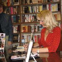 Holly Hollenbeck, Attitude Authority, book signing